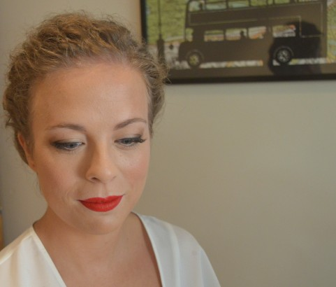 Maquillaje y peinado de novia con personalidad